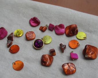 Lot Of Salvaged Colorful Dyed Shell Nuggets Shell Chips Dangles Plus Purple Acrylic Pendant Charm