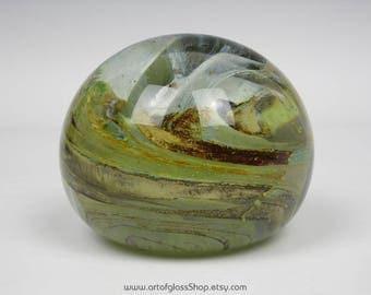 Large Isle of Wight Studio Glass swirly paperweight