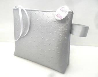 Toilet bag in imitation leather