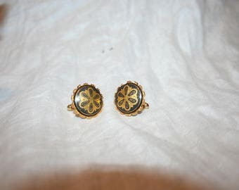 Vintage Black and Gold Cuff Links