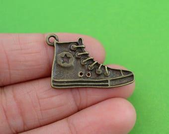 5 Bronze Shoe charms (CH064-5)