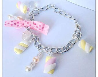 Marshmallow and polka dot bow bracelet