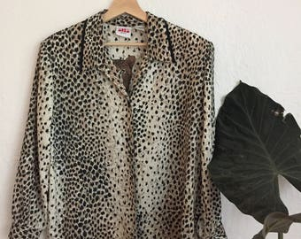 90's Animal Priny Jungle Queen Button Up Blouse Cream
