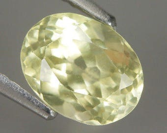 1.90 Ct Natural Light yellow SILLIMANITE