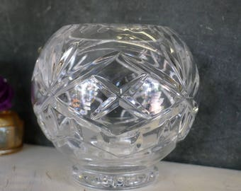 Cut leaded crystal globe vase (Poland)