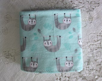 Extra-Large Receiving Blanket - Baby Sloth on Branch - Mint - Light Teal - Sloths - Baby Crib Blanket - Baby Gift - Hannahs Homestead2