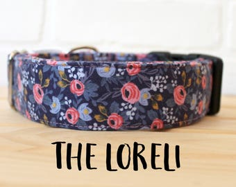 Girl Dog Collar in Floral Flower Pattern. Can be made in a Buckle or Martingale Collar. PLEASE READ Item Details before ordering