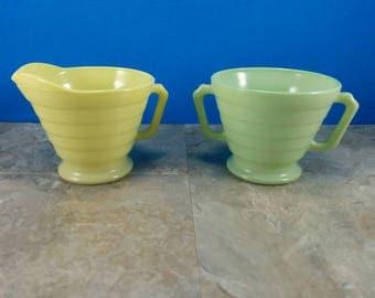 Vintage Hazel Atlas Moderntone Platonite Sugar and Creamer Set - Yellow and Green