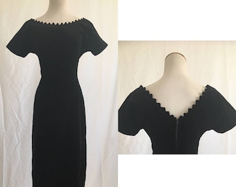 vintage 60's BLACK VELVET WIGGLE dress by Maggi Stover - extra small, small