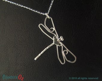 Dragonfly Necklace Dragonfly Pendant Sterling Silver Handmade by BijouterieOz  Dragonfly jewelry, Dragonfly Jewellery, Silver Dragonfly