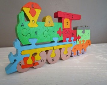 Locomotive puzzle to learn the Alphabet