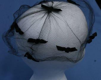 Vtg Womens Hat Whimsy Black Velvety Velvet Bows Netting Veil Vintage Womens