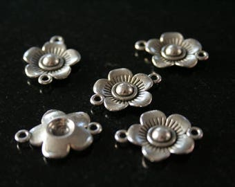 Set of 20 silver plated metal connectors. (ref:1817).