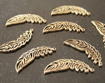 10 metal pendants. (ref:0979).