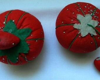 Vintage Pin Keeps - Tomato Pincushions - Strawberry Pin Cushions - Emery