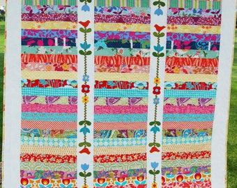 Midsummer Garden Trellis Quilt- SAMPLE SALE