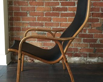 Amazing desin Mid Century Chair