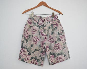 FREE usa SHIPPING 1980s vintage high waist pleated floral shorts washed out material retro hipster cotton ramie size 4