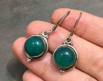 Vintage sterling silver handmade earrings, Mexico 925 silver with round shaped jade, stamped 925