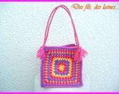 Mini sac à main coloré esprit hippie bohème crocheté, sac crocheté, accessoire crochet, sac crochet, sac carré, anses tressées motif fleuri