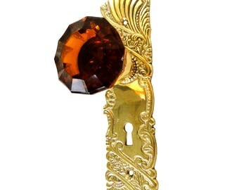 Victorian Reproduction Door Hardware Passage Set w Latch Amber Glass Knob Pair