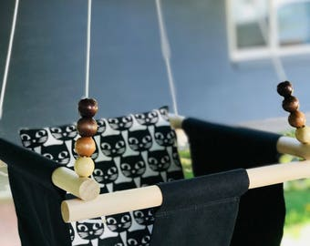 Baby Fabric Swing w/Pilow. Indoor/Outdoor Baby/Todler Swing.