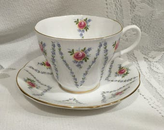 Vintage ROYAL ALBERT Fine Bone China Tea Cup & Saucer - MINUET