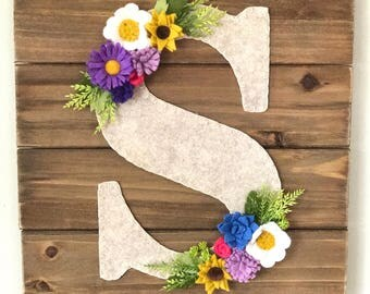 Wildflower Letter and Wood Wall Hanging, flower letter, letter wall decor, felt flowers, nursery, wedding, baby shower, fall decor