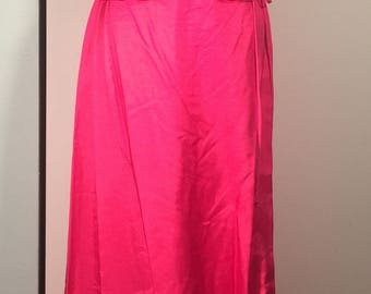 House of Bianchi Vintage Off the Shoulder Peplum Full Length Pink Barkcloth Gown