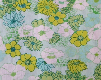 fat quarter of vintage green floral fabric