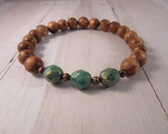 Beaded Stretch Bracelet with Czech Glass and Sandlewood, Stack Bracelet, Boho Gift for Her, Bohemian Bracelet, Boho Chic Jewelry