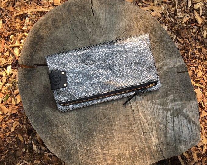 Lula - leather clutch