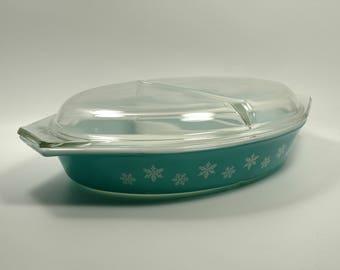 Snowflake Mid Century Pyrex Promotional Cinderella Style Divided Casserole Dish Estate Sale