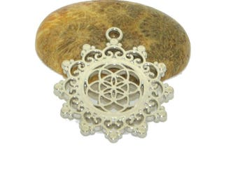 Mandala pendant 30mm silver round