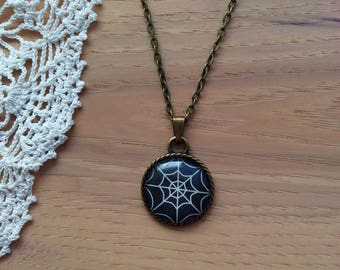 Spiderweb Cabochon Necklace - Round Rope Pendant Necklace - Antique Brass Bezel and Chain