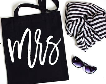 Mrs Canvas Tote, Honeymoon Tote, Just Married, Bachelorette Party Gift, Gift Bag, Tote Bag, Canvas, Gold