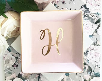 Pink Ring Dish Blush Pink Bridesmaid Gift Ideas Pink Gifts for Women Pink Jewelry Dish Pink Gift Ideas for Her (EB3180SM)