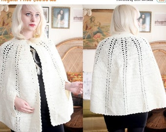20% OFF SALE Vintage Ivory cream crochet knitted sweater cape cardigan poncho warm granny style
