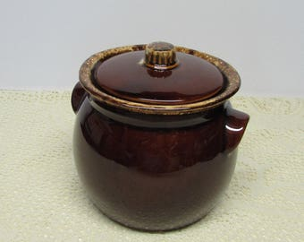 Brown Drip Bean Pot with Lid ~ Brown Drip Stoneware ~ Ovenproof Cookware ~ Brown Drip Pottery ~ Cookie Jar ~ Circa 1960-85~Farmhouse Kitchen