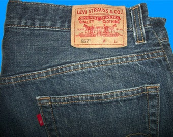 Levis 557 Relaxed Straight 32 W x 32 L