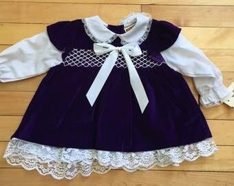 Vintage 1980s Baby Infant Girls Purple Velvet Smocked Lace Dress! Size 12 months