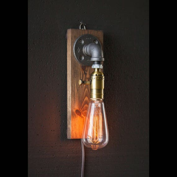 wall lamp/Rustic decor/sconce lamp/Industrial lamp/Steampunk light/housewarming gift/gift for men & women/bedside lamp/desk accessories