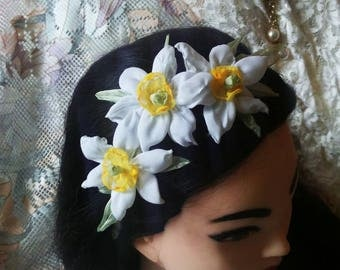 daffodil headband, daffodil tiara, jonquil hair crone, flower girl headband, floral crone, daffodil wedding, bridal tiara, flower headband,
