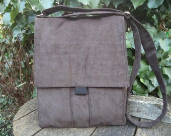 Brown corduroy messenger bag