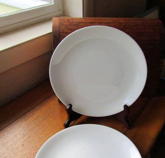 3 Vintage Snow White/Snowhite Ironstone Dinner Plates