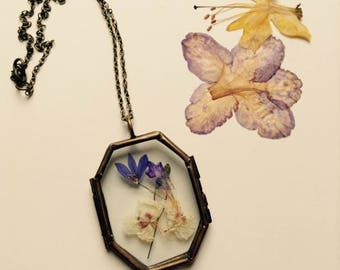 Locket Horcrux with flowers