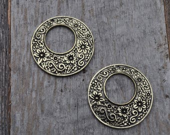 Large Gold Ornate Circle Pendant