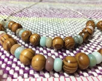 Aquamarine and wood beaded necklace