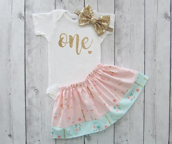 Shabby chic first birthday outfit for baby girl one year - Shabby chic outfit ideas ...