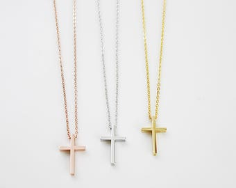 Dainty Cross Necklace Simple and Modern Necklace Tiny Cross Necklace Bridesmaid Gift Bridesmaid Necklace Dainty and Simple Everyday Necklace